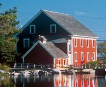 Rear elevation, Barrington Woolen Mill, Barrington, NS, 2004.; Dept. of Tourism, Culture and Heritage, Province of NS, 2004