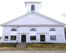 The front elevation of the lake George United Baptist Church, Lake George, Yarmouth County, NS, 2008.; Heritage Division, NS Dept. of Tourism, Culture and Heritage, 2008