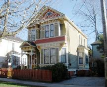 Exterior view of 731 Vancouver Street; City of Victoria, 2007