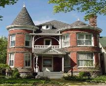This circa 1895 house is an outstanding example of Queen Anne Revival style architecture.; City of Windsor, Nancy Morand, 2000