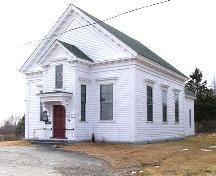 Perspective view of the north and west sides of the Central Chebogue United Baptist Church, Central Chebogue, Yarmouth County, NS, 2008.; Heritage Division, NS Dept. of Tourism, Culture and Heritage, 2008