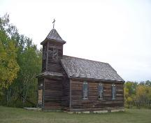 Primary elevations, from the southwest, of Sts. Peter and Paul Ukrainian United Church, Inglis area, 2006; Historic Resources Branch, Manitoba Culture, Heritage and Tourism, 2006