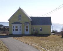 Front elevation of Gilbert Nickerson House, Shag Harbour, NS, 2008.; Department of Tourism, Culture and Heritage, Province of Nova Scotia, 2008