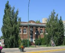 View from West showing building and grounds, 2004.; Government of Saskatchewan, Jennifer Bisson, 2004