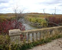 Contextual view, from the east, of the Concrete Box Bridge, Green Ridge area, 2006; Historic Resources Branch, Manitoba Culture, Heritage and Tourism, 2006
