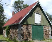 Sir Sandford Fleming Barn, Halifax, south-east elevation, 2004.; Halifax Regional Municipality, 2004