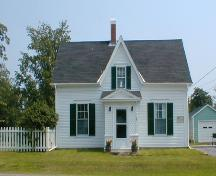This image shows the front façade of the residence as it sits on Frederick Street, 2007.; Province of New Brunswick