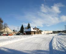 Contextual view, from the southwest, of the Minnedosa Canadian Pacific Railway Station, Minnedosa, 2006; Historic Resources Branch, Manitoba Culture, Heritage and Tourism, 2006