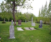 Contextual view, from the east, of Green Ridge Cemetery, Dominion City area, 2006; Historic Resources Branch, Manitoba Culture, Heritage, Tourism and Sport, 2006