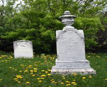 Site view, from the east, of some of the grave markers in Green Ridge Cemetery, Dominion City area, 2006; Historic Resources Branch, Manitoba Culture, Heritage, Tourism and Sport, 2006