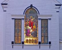 Detail of chancel window, St. John's Anglican Church and Cemetery, Port Williams, Nova Scotia, 2005.; Heritage Division, NS Dept. of Tourism, Culture and Heritage, 2005