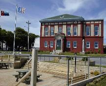 Exterior photo, main facade, of the Western Union Cable Building, Bay Roberts.; Town of Bay Roberts, 2004