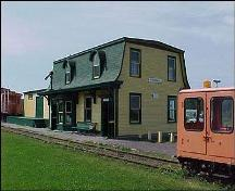 Exterior view of front and side facade, Avondale Railway Station (Avondale, NL); 1998 Heritage Foundation of Newfoundland and Labrador