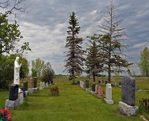 Contextual view, from the south, of the cemetery grounds at the Fredensthal Lutheran Cemetery section of the Fredensthal Lutheran Cemeteries, Emerson area, 2007; Historic Resources Branch, Manitoba Culture, Heritage, Tourism and Sport, 2007