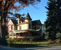 Doran-Marshall Residence in Queen Anne style, overlooking the Niagara River.; City of Niagara Falls