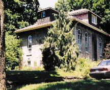 The Bampfield House in 2004.; Andrew Porteus, Niagara Falls Public Library Digital Collection, 2004.
