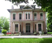 Glenview Mansion on Terrace Avenue, site of various elite social functions; City of Niagara Falls, unknown date