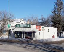 Context view of the Zink's Grocery Store, Brandon, 2005.; Historic Resources Branch, Manitoba Culture, Heritage, Tourism and Sport, 2005