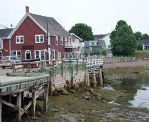 This photograph shows the building's close proximity to the harbour and Market Square, 2007.; Town of St. Andrews