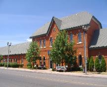 Former Great Western Rail/Grand Trunk Rail Station on Bridge Street; Callie Hemsworth, Brock University, 2007