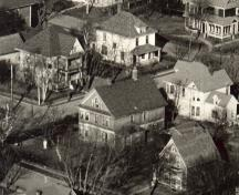 Aerial view of southeast side of house in 1949; Wyatt Heritage Properties, Maj. Grady Collection