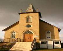 Primary elevation, from the south, of Ninga Presbyterian Church, Ninga, 2006; Historic Resources Branch, Manitoba Culture, Heritage, Tourism and Sport, 2006