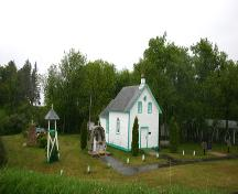 Context view from the northwest of St. Michael's Ukrainian Catholic Church, Dauphin area, 2005; Historic Resources Branch, Manitoba Culture, Heritage, Tourism and Sport, 2005
