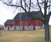 Primary elevation, from the south, of the Anderson Barn, Forrest area, 2005; Historic Resources Branch, Manitoba Culture, Heritage, Tourism and Sport, 2005
