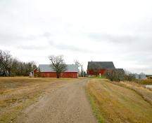 Contextual view of the Anderson Barn, Forrest area, 2005; Historic Resources Branch, Manitoba Culture, Heritage, Tourism and Sport, 2005