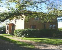 Primary elevation, from the southeast, of the Wright House, Souris, 2005; Historic Resources Branch, Manitoba Culture, Heritage, Tourism and Sport, 2005