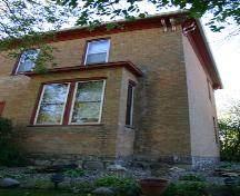View of a bay window in the primary elevation of the Wright House, Souris, 2005; Historic Resources Branch, Manitoba Culture, Heritage, Tourism and Sport, 2005