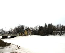 View from across the Icelandic River, of the Fjeldsted House, Arborg, 2005; Historic Resources Branch, Manitoba Culture, Heritage, Tourism and Sport, 2005
