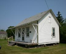 Southeast view of the Qually Brothers Store, Dacotah, 2005.; Historic Resources Branch, Manitoba Culture, Heritage, Tourism and Sport, 2005
