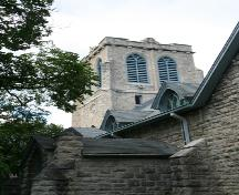 Contextual view, from the southeast, of the main tower of St. Luke's Anglican Church, Winnipeg, 2007; Historic Resources Branch, Manitoba Culture, Heritage, Tourism and Sport, 2007