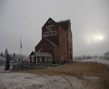 1929 Alberta Wheat Pool Grain Elevator Provincial Historic Resource, Paradise Valley (November 2005); Alberta Culture and Community Spirit, Historic Resources Management, 2005
