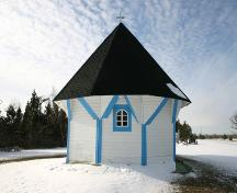 East elevation of St. Elias Ukrainian Orthodox Church and Bell Tower, Sirko, 2006; Historic Resources Branch, Manitoba Culture, Heritage, Tourism and Sport, 2006