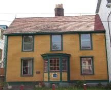 View of front facade of Harris Cottage, St. John's, NL.; Heritage Foundation of Newfoundland and Labrador, 2005
