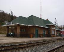 North (front) elevation of the Huntsville CNR Station; OHT, 2006