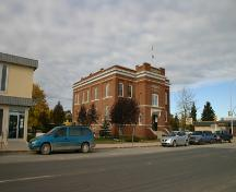 Contextual view, from the east, of the Court House and Community Building, The Pas, 2007; Historic Resources Branch, Manitoba Culture, Heritage, Tourism and Sport, 2007