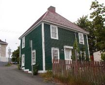 View of front and side elevations, Martin McNamara House, NL. ; Heritage Foundation of Newfoundland and Labrador, 2005.