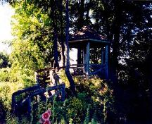"View of the Joly de Lotbinière Estate, showing the ""love nest,"" 2002.; Agence Parcs Canada / Parks Canada Agency, 2002."