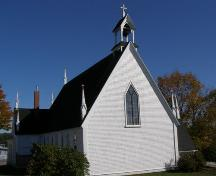 West elevation with north profile, Christ Anglican Church, New Ross, Nova Scotia.; Heritage Division, Nova Scotia Department of Tourism, Culture and Heritage, 2008