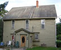 North elevation, Oxner-Zinck House, Chester Basin, Nova Scotia, 2007.; Heritage Division, Nova Scotia Department of Tourism, Culture and Heritage, 2007.