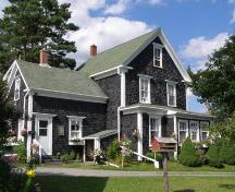 South elevation, Lincoln Meister House, New Ross, Nova Scotia, 2008.; Heritage Division, Nova Scotia Department of Tourism, Culture and Heritage, 2008