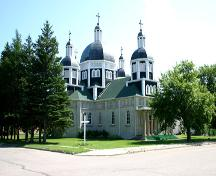 Northeast view of the Historic Ukrainian Catholic Church of the Resurrection, Dauphin, 2005; Historic Resources Branch, Manitoba Culture, Heritage, Tourism and Sport, 2005