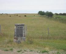 View of the Bone Trail featuring the historic marker, 2008.; Winkel, 2008.