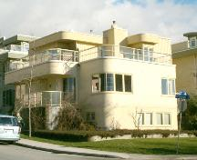 Exterior view of the Logan Residence, 2004; City of North Vancouver, 2004