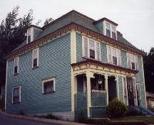 View of front facade and left side of Mark Gosse Residence, Spaniard's Bay.; Heritage Foundation of Newfoundland and Labrador 2004