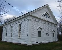 Front and side elevations, Amherst Point Baptist Church, Amherst Point, NS, 2009.; Heritage Division, NS Dept of Tourism, Culture and Heritage, 2009