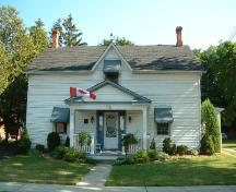 Front of the Thompson-Colwell House; Haldimand County 2007